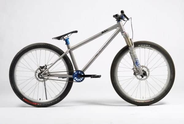 Mosaic Cycles titanium dirt jumper