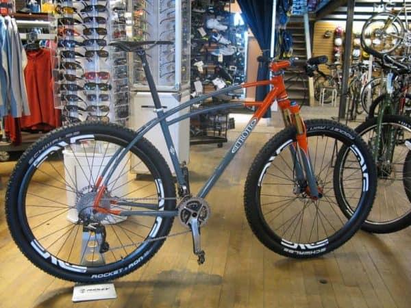 Retrotec Triple mountain bike