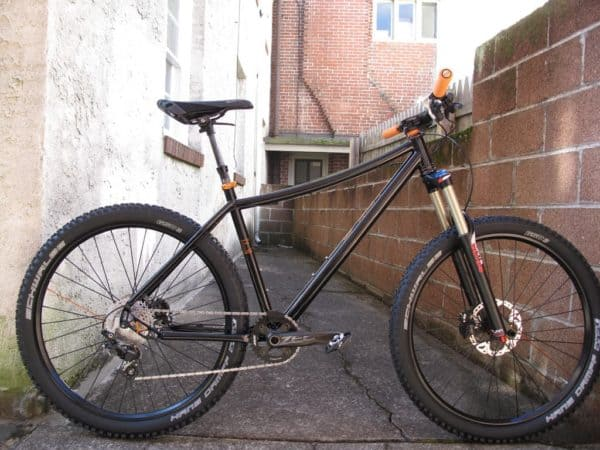 custom 650B steel hardtail