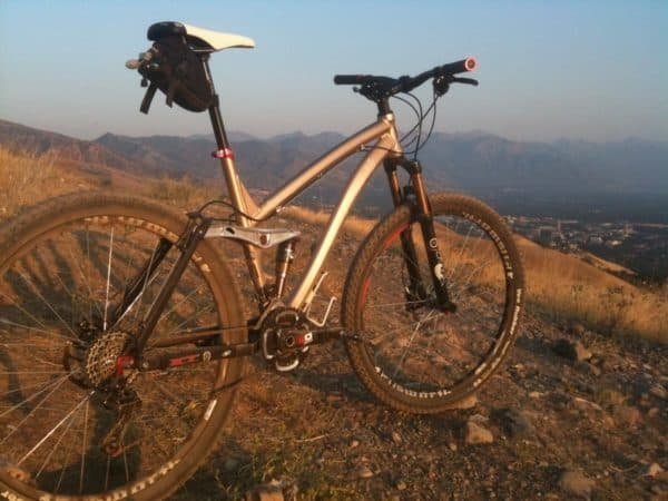 Ellsworth Evolution 29er full suspension mountain bike