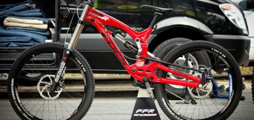 2015 Foes Racing FFR downhill mountain bike